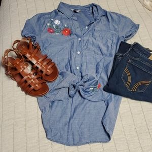 SO chambray button up embroidered shirt